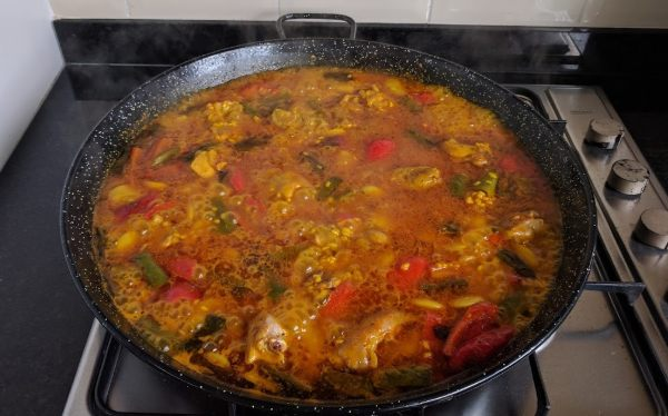 Cooking paella without a proper paella burner